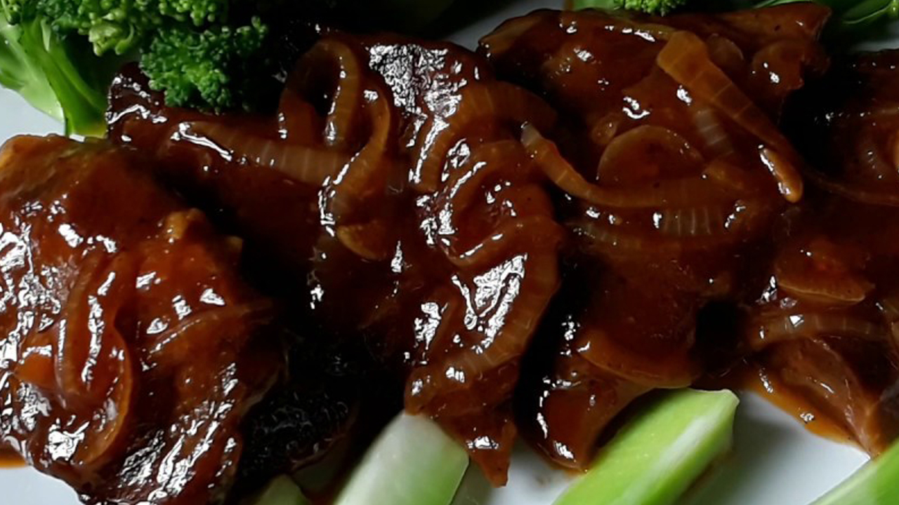 Bistik (steak) Lidah Saus Daging