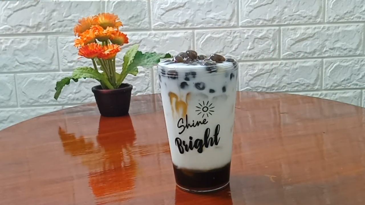 Resep Minuman Es Susu Boba Gula Merah